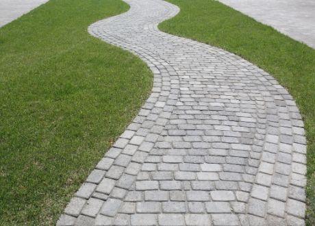 Paving in Centurion - Twirly Walkway Paving
